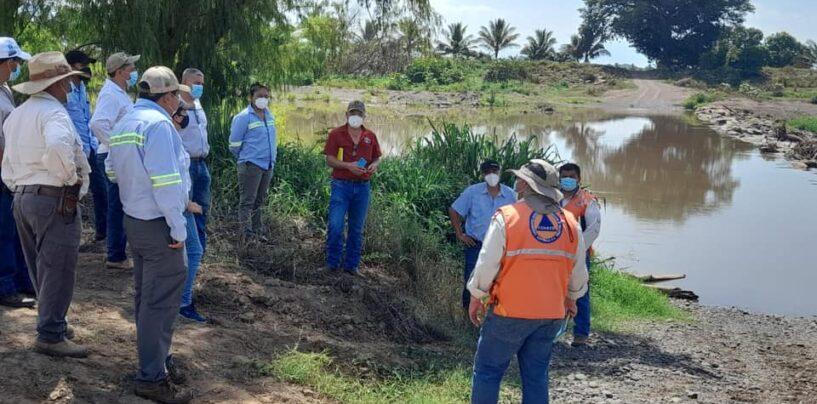 Verificación de bordas y construcción de vados en las comunidades de las Pozas, la Rubia y San Nicolás del municipio de Chiquimulilla, para reducir la vulnerabilidad de un desbordamiento de la cuenca del Río los esclavos