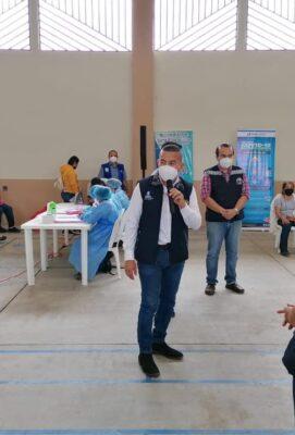 El Sr. Gobernador Departamental Obdulio Herrarte participó en LANZAMIENTO DE VACUNACIÓN DE COVID-19 ubicado en el municipio Santa Rosa de Lima