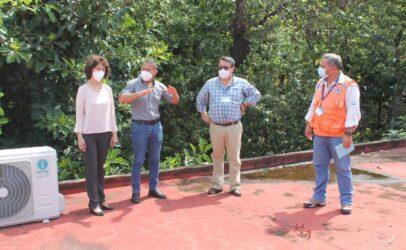 El señor Gobernador Departamental de Santa Rosa realiza visita a Dirección Departamental de Educación acompañado de personal Técnico de CONRED para supervisar el estado de la infraestructura de las instalaciones