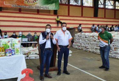 ENTREGA DE ALIMENTOS EN EL MUNICIPIO DE BARBERENA SANTA ROSA